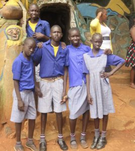 Sudanese pupils at Kitale Nature Conservancy – Version 2